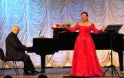 В Туве празднование 100-летия единения с Россией завершилось концертом Народной артистки РФ Надежды Красной