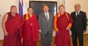"""""""Визит Далай-ламы зависит от вас самих"""""""