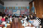 Философский клуб Тувы: обсуждение книги о клановости в политике Тувы