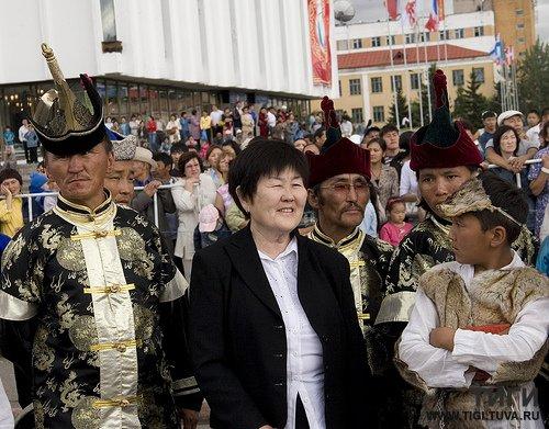 18 мая в Кызыле пройдет творческий вечер Заслуженного деятеля искусств России и Тувы Зои Кыргыс