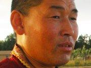Внутренняя Монголия: лама помогает скотоводам в земных спорах
