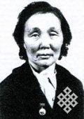 85 лет со дня рождения первой женщины-камнереза Тувы Раисы Аракчаа