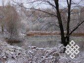 Болото в начале зимы. Болота бывают привлекательными не только на Алтае летом, но и в черте города зимой.