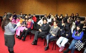 Кызылских школьников знакомят с жизнью детей традиционной Тувы