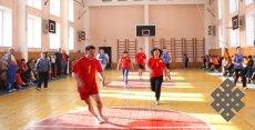 Ученые Тувы померились силой в спортзале