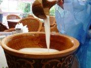Калмыки начали праздновать месяц молочных продуктов