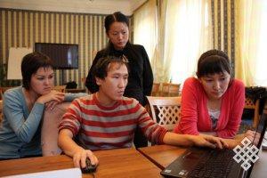Новосибирские студенты организовали проект «Photoshop кичээли»