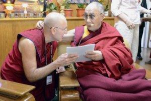 Барри Керзин рассказал Его Святейшеству Далай-ламе о работе в Туве