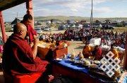 Новосибирские студенты открыли передвижной философский клуб «Кто такой буддист?»