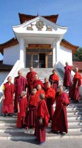 Буддизм в Туве, Калмыкии и Бурятии стали темами первой российской выставки в столице Бутана