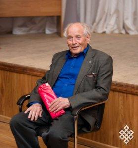 Новосибирское общество «Идегел» на первую встречу «Connect поколений» пригласило биолога Дмитрия Клочкова