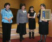 В Национальной библиотеке Тувы обсуждали вопросы работы с книжными памятниками