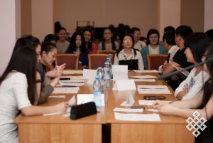 В Новосибирске прошел круглый стол представителей тувинских студенческих землячеств Сибири