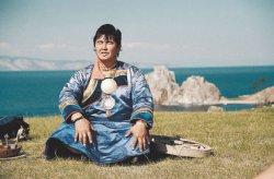 Берег Байкала, земля шаманов