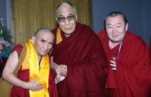 """Буддисты Тувы объявили день рождения Его Святейшества Далай-ламы """"днем доброты"""""""