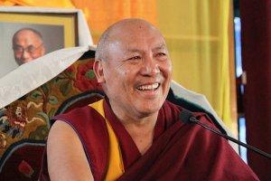 Директор Библиотеки тибетских трудов и архивов геше Лхакдор даст в Туве трехдневные Учения