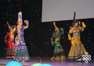 Театр танца и костюма «Эдегей» посвятил Году российской истории концерт