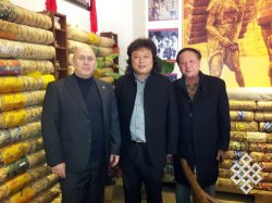 Профессор СФУ Владимир Дацышен исследует историю русско-китайской чайной торговли