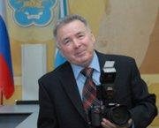 Юбилей отмечает тувинский фотокорреспондент Владимир Савиных