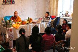 Молодежь Тувы принимает обеты буддиста-мирянина