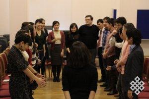 Новосибирские студенты обсуждали женские и мужские качества