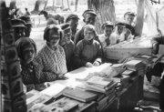 Борьба за грамотность и культуру советских граждан в ТНР
