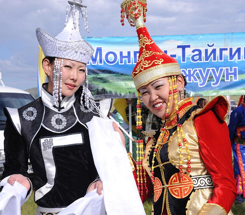 национальный тувинский костюм фото
