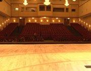 В Национальном театре им. В. Кок-оола завершаются работы по реконструкции главной сцены