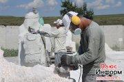 Первый скульптурный симпозиум в Туве завершается