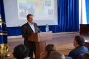 В Тувинском госуниверситете прошла открытая лекция академика Анатолия Деревянко