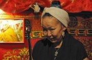 Сайнхо Намчылак: Петь лучше всего на родном языке