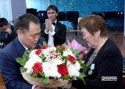 В Кызылском колледже искусств чествовали юбиляра Зою Кыргыс