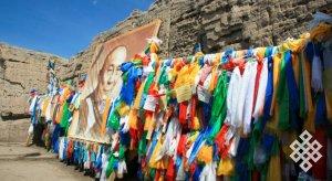 Культовые места в культурных ландшафтах Бурятии и Тувы