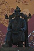 В Туве установлен второй памятник основателю тувинской государственности Монгушу Буяну-Бадыргы