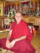 В Туву приедет буддийский монах и врач Барри Керзин