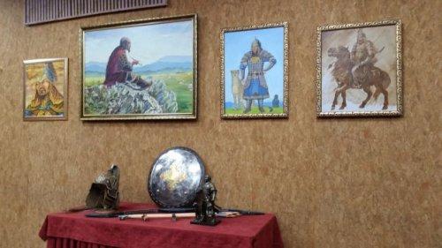 """В Национальном музее Тувы прошел круглый стол """"Великий урянхайский полководец Субедей"""""""
