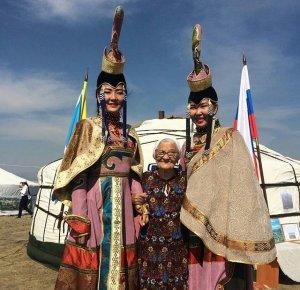 """Местечко Тос-Булак традиционно стало центром праздника животноводов """"Наадым-2018"""""""